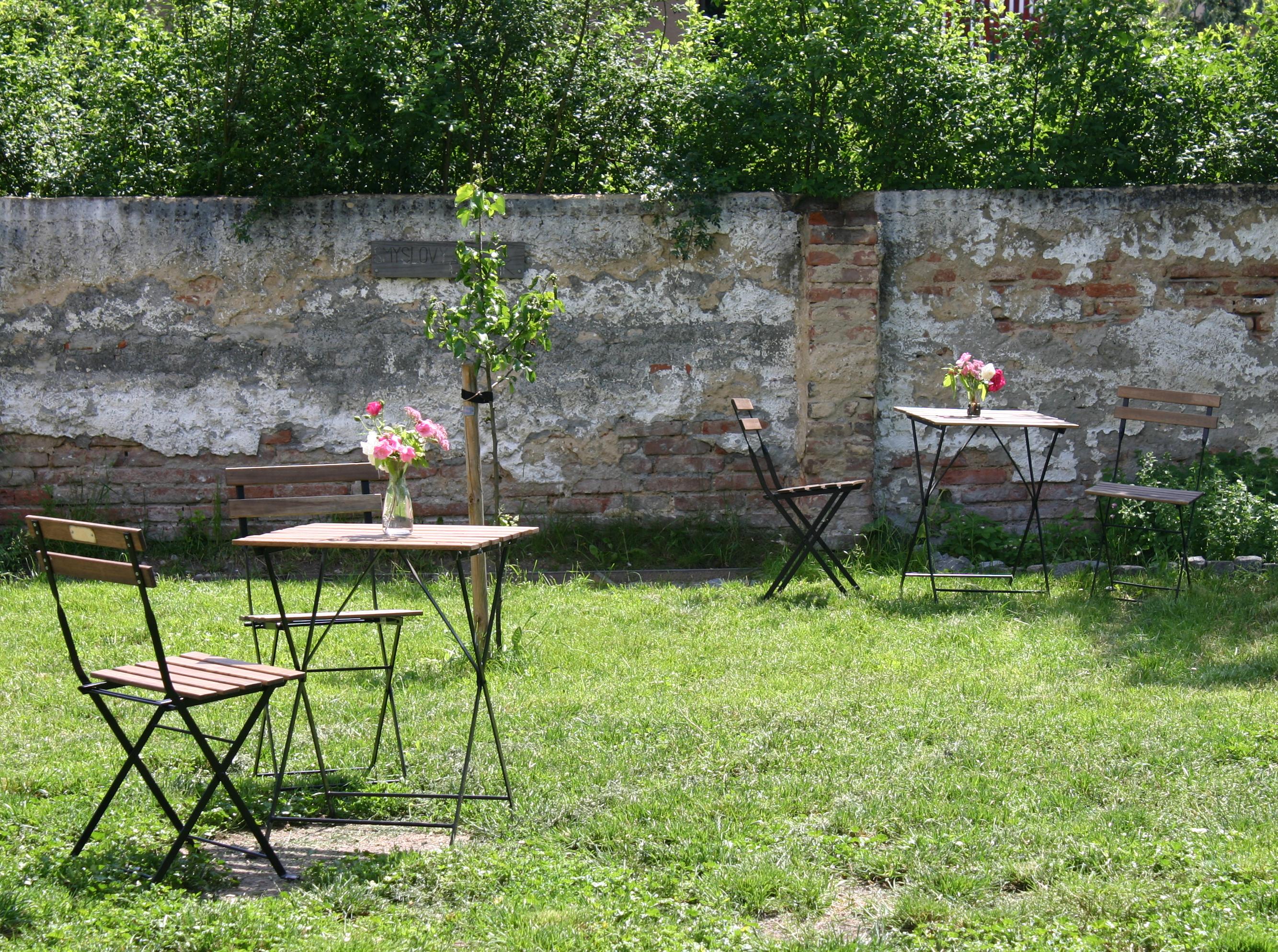 Komunitní zahrada u Staré školy